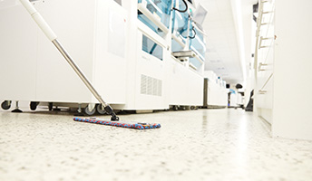 nettoyage-sol-laboratoire-analyse